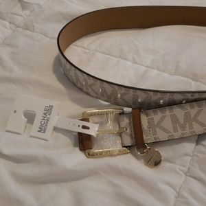 NWT, Michael Kors Belt
